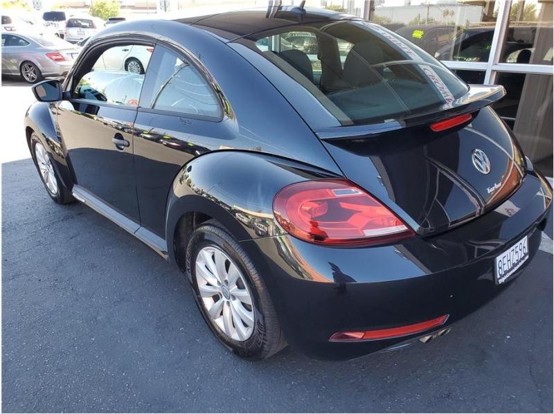 Volkswagen Beetle 2018 price $14,995
