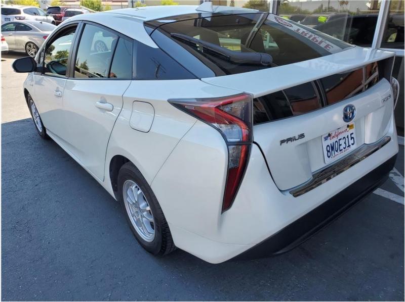Toyota Prius 2016 price $15,995