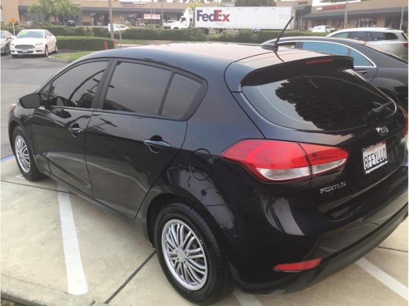 Kia Forte5 2017 price $11,995