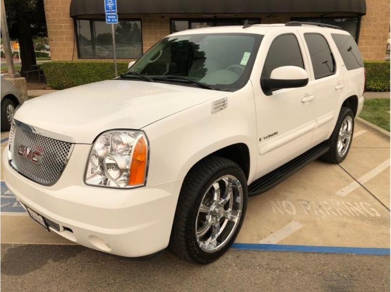 GMC Yukon 2007 price $14,995
