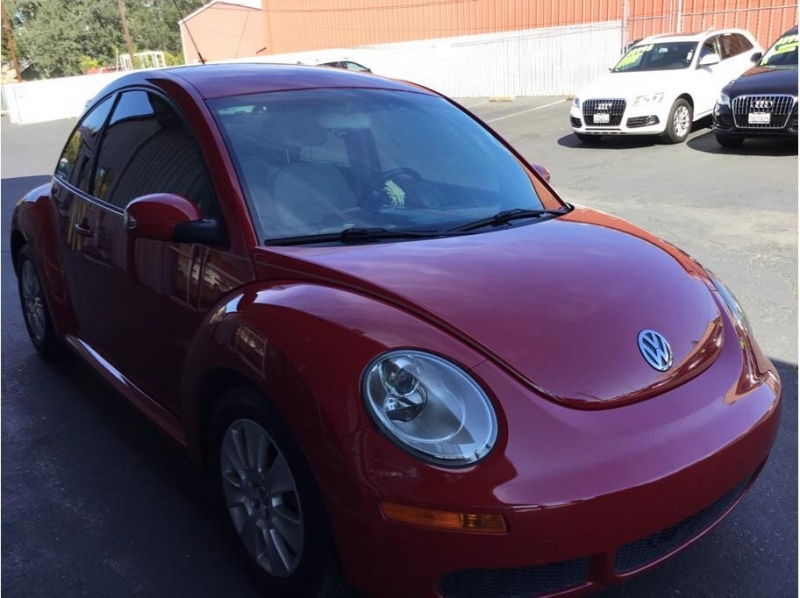 Volkswagen New Beetle 2009 price $6,995