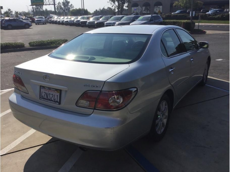 Lexus ES 2003 price $7,995