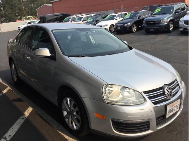 Volkswagen Jetta 2010 price $6,995