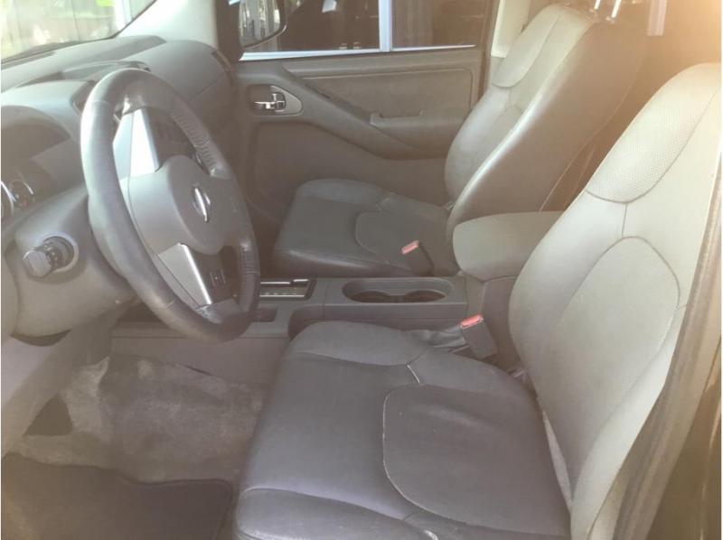 Nissan Frontier Crew Cab 2012 price $12,995