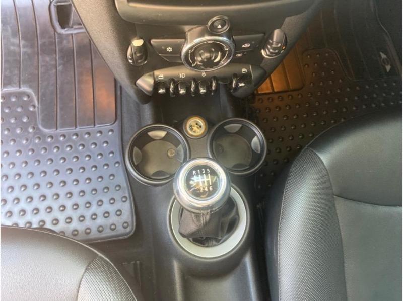 MINI Hardtop 2011 price $7,995