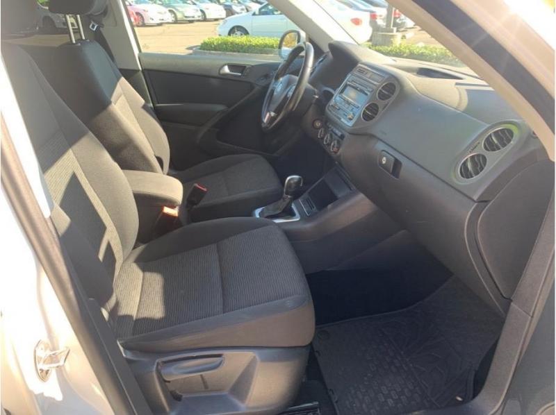 Volkswagen Tiguan 2014 price $7,995