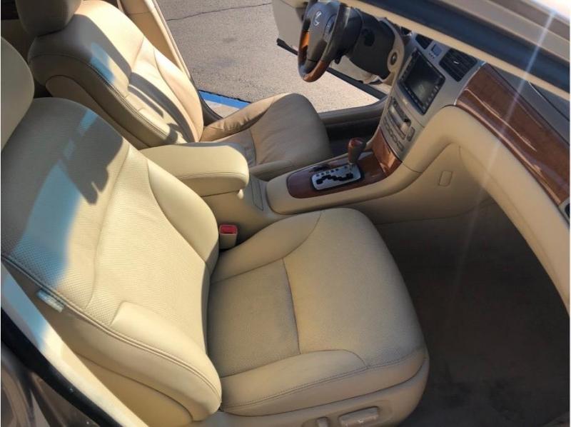 Lexus ES 2005 price $6,995