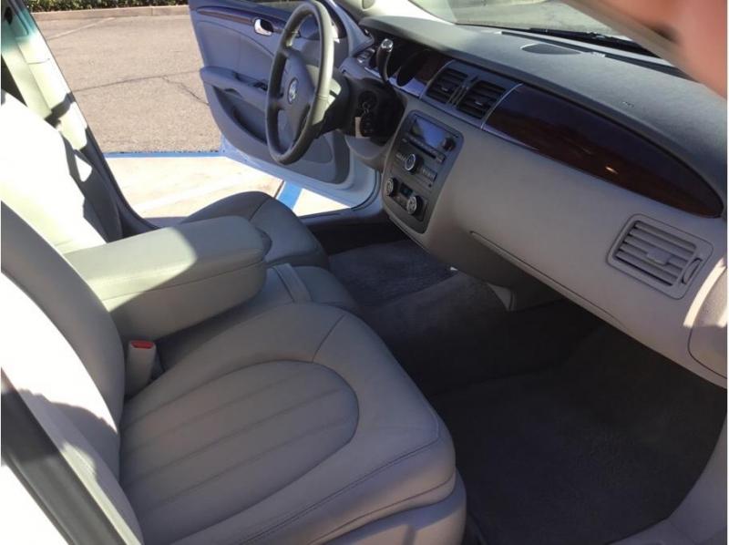 Buick Lucerne 2008 price $8,995