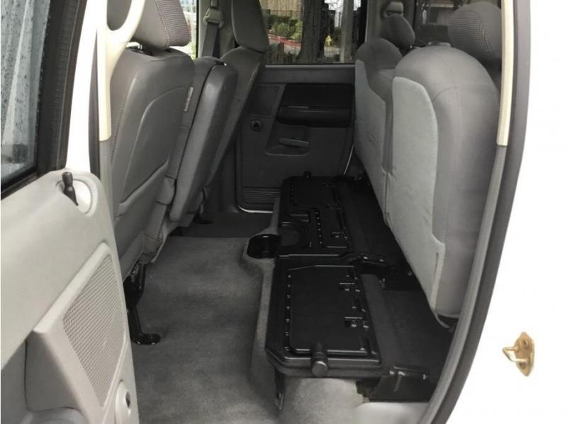 Dodge Ram 1500 Quad Cab 2006 price $11,995