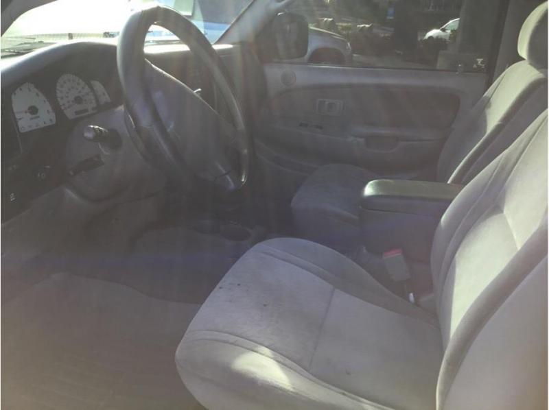 Toyota Tacoma Xtracab 2003 price $11,995