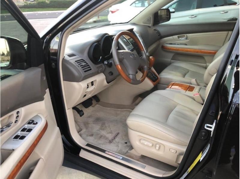 Lexus RX 2006 price $8,995