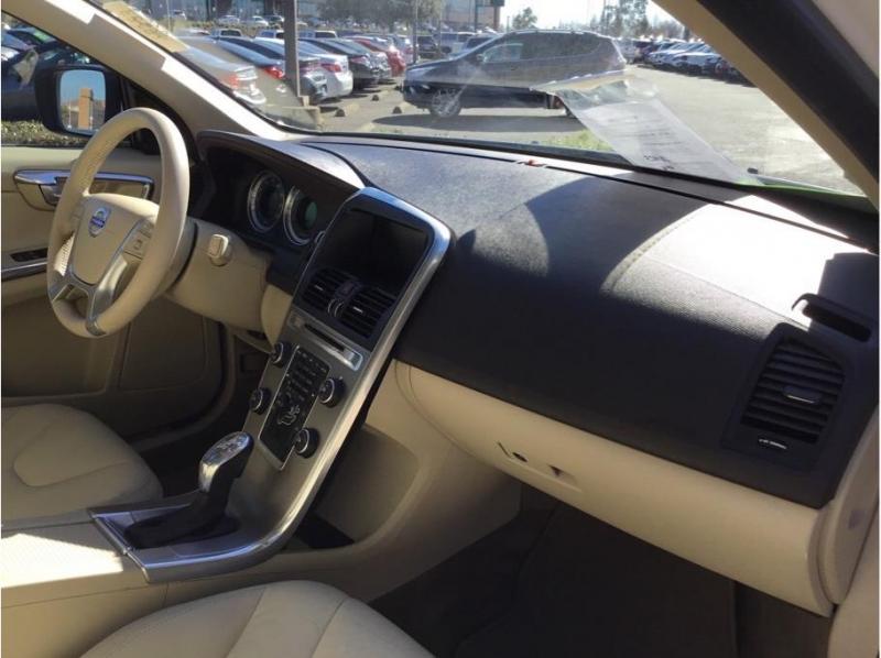 Volvo XC60 2013 price $10,995