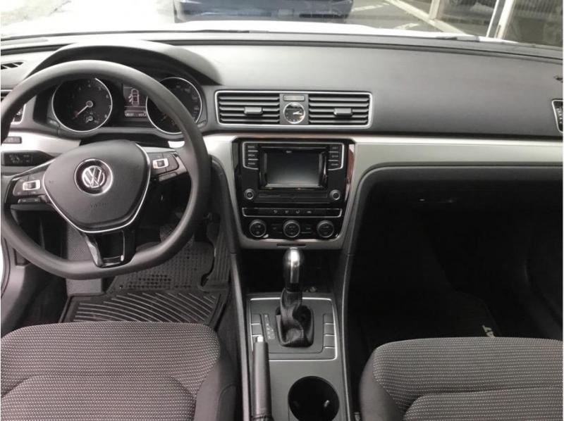 Volkswagen Passat 2017 price $14,995