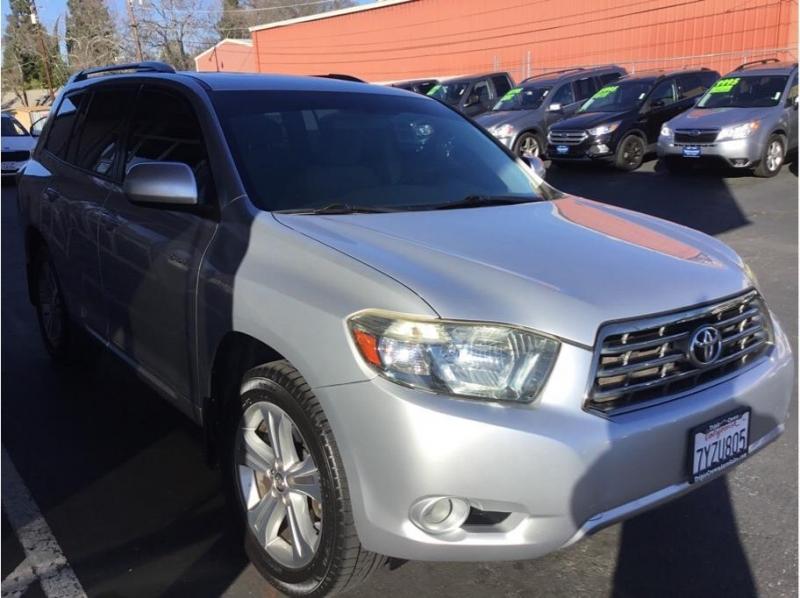 Toyota Highlander 2008 price $10,995