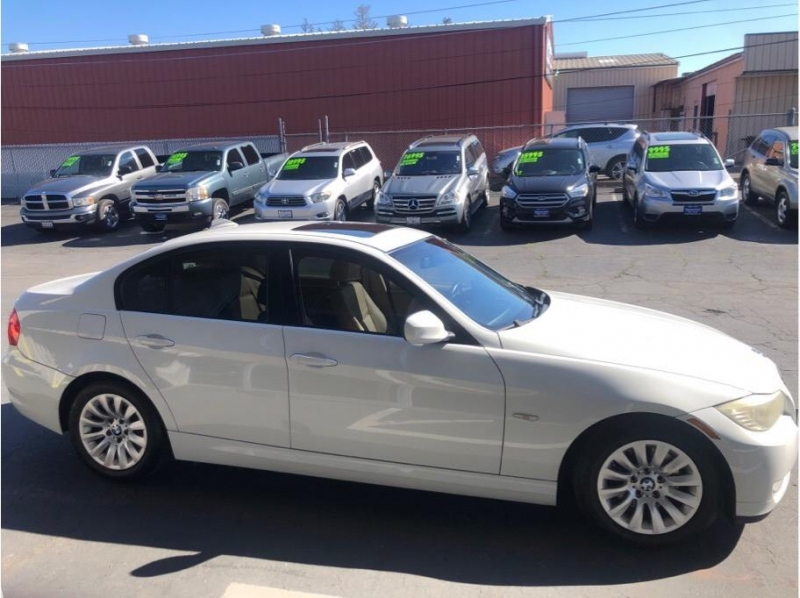 BMW 3 Series 2009 price $8,995