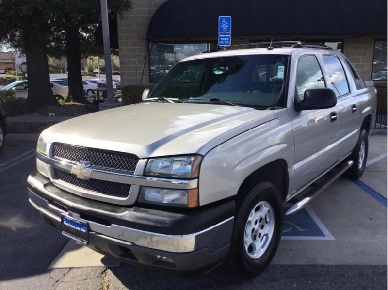 Chevrolet Avalanche 1500 2005 price $9,995