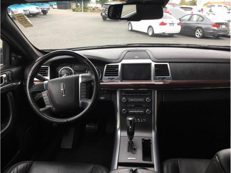 Lincoln MKS 2009 price $15,995