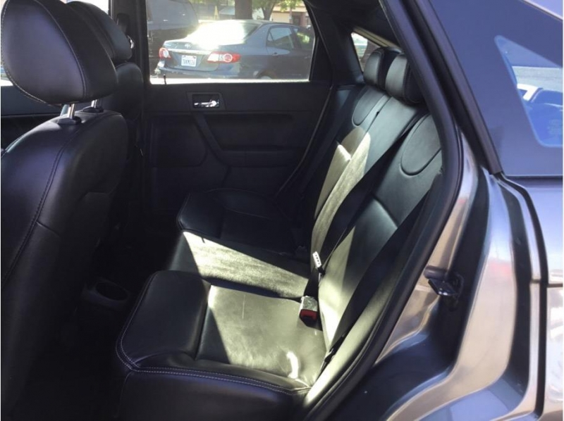 Ford Focus 2009 price $5,995