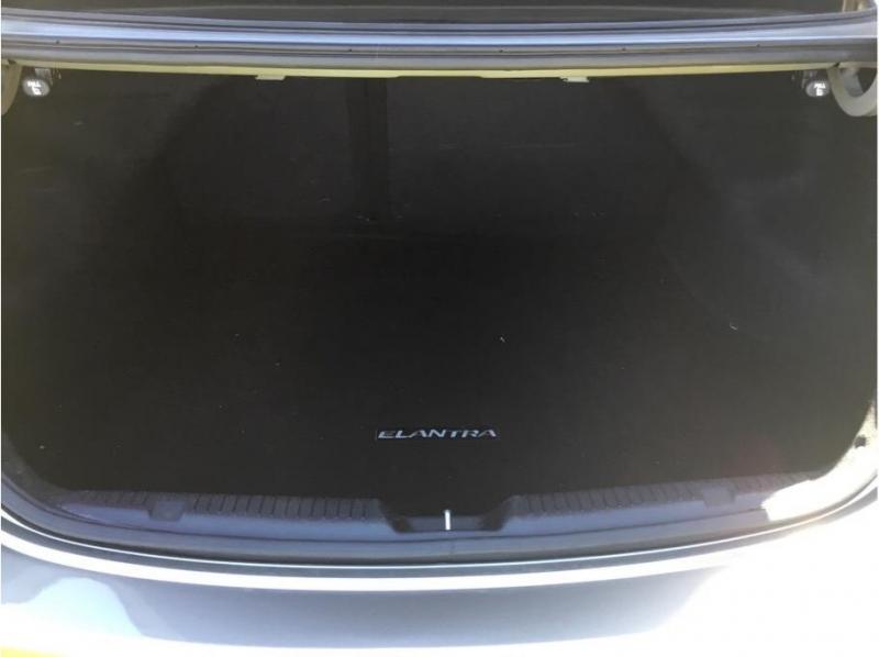 Hyundai Elantra 2016 price $12,995