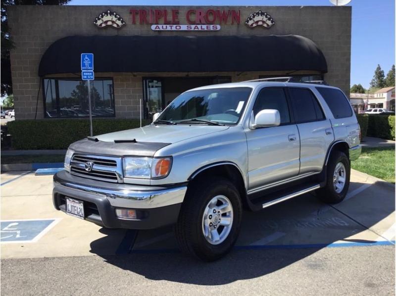 Toyota 4Runner 2000 price $10,995