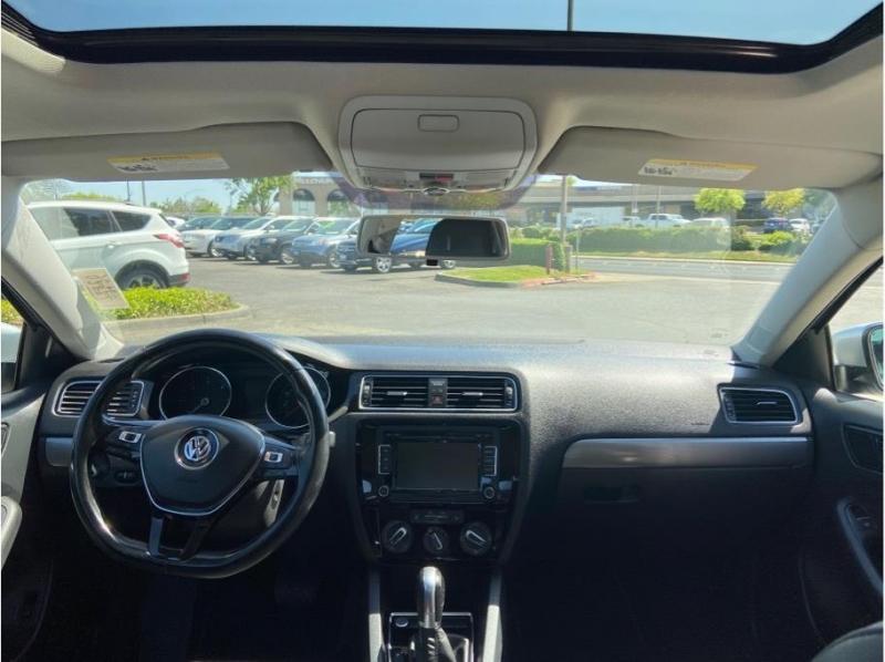 Volkswagen Jetta 2015 price $10,995