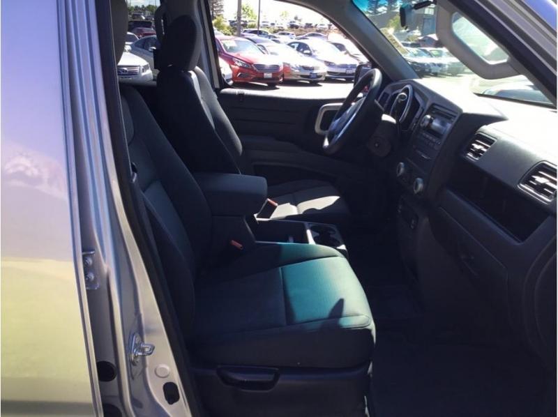 Honda Ridgeline 2007 price $13,995
