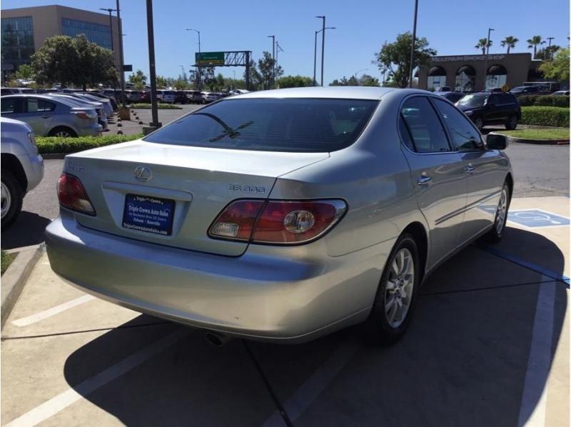 Lexus ES 2003 price $6,995