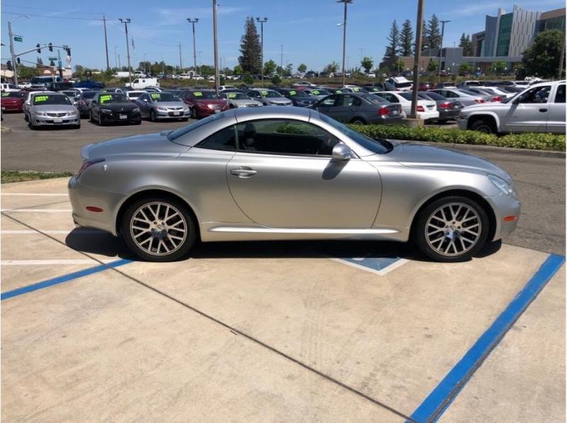 Lexus SC 2002 price $15,995