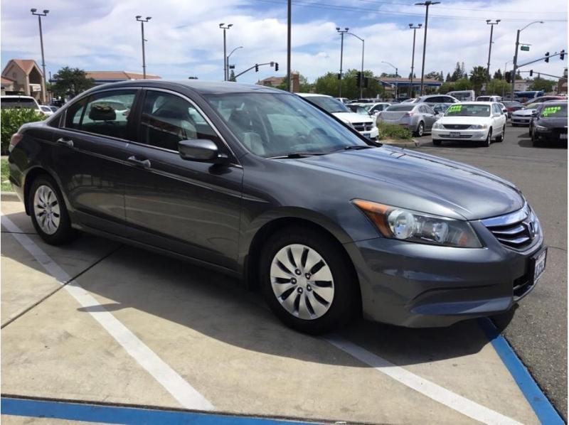 Honda Accord 2012 price $12,995
