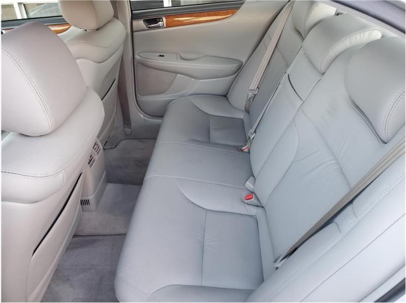Lexus ES 2005 price $12,995