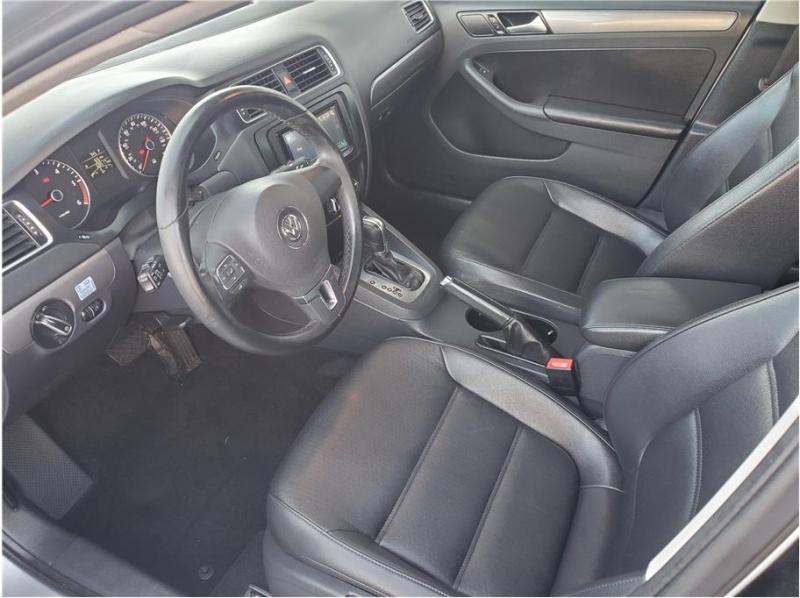 Volkswagen Jetta 2014 price $12,995