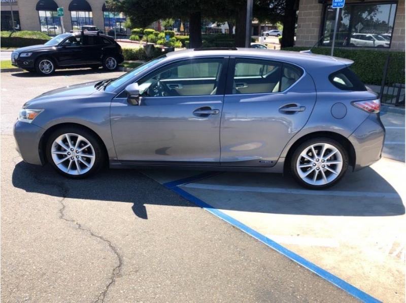 Lexus CT 2013 price $13,995