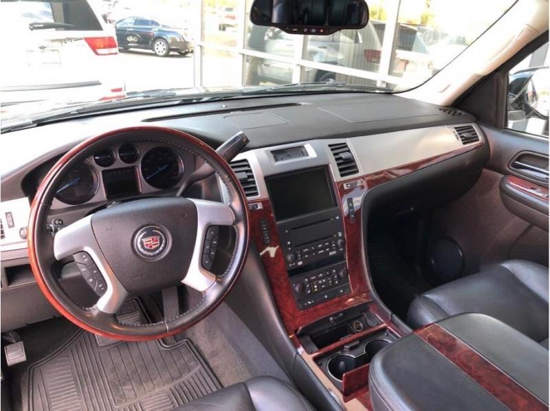 Cadillac Escalade ESV 2007 price $19,995