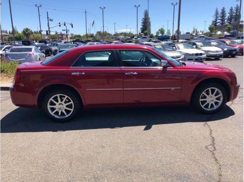 Chrysler 300 2010 price $10,995