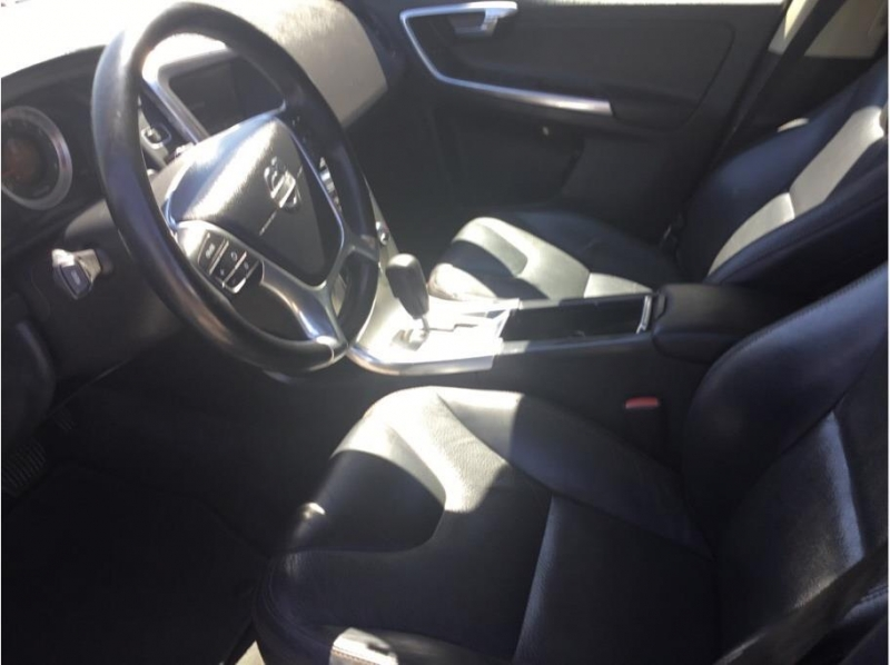 Volvo XC60 2012 price $11,995