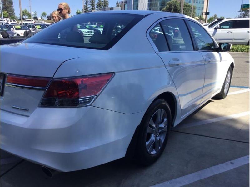 Honda Accord 2012 price $14,995