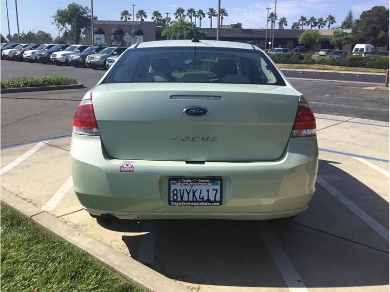 Ford Focus 2010 price $6,995