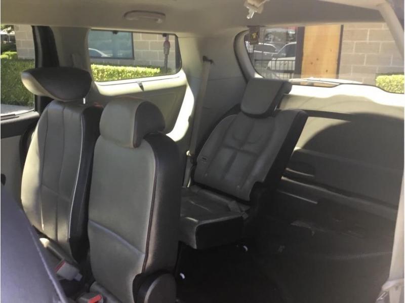 Kia Sedona 2016 price $18,995