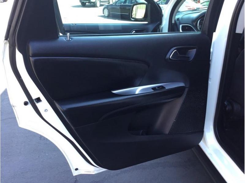 Dodge Journey 2013 price $10,995