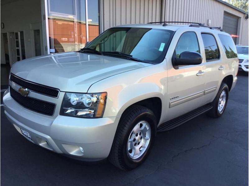 Chevrolet Tahoe 2011 price $17,995