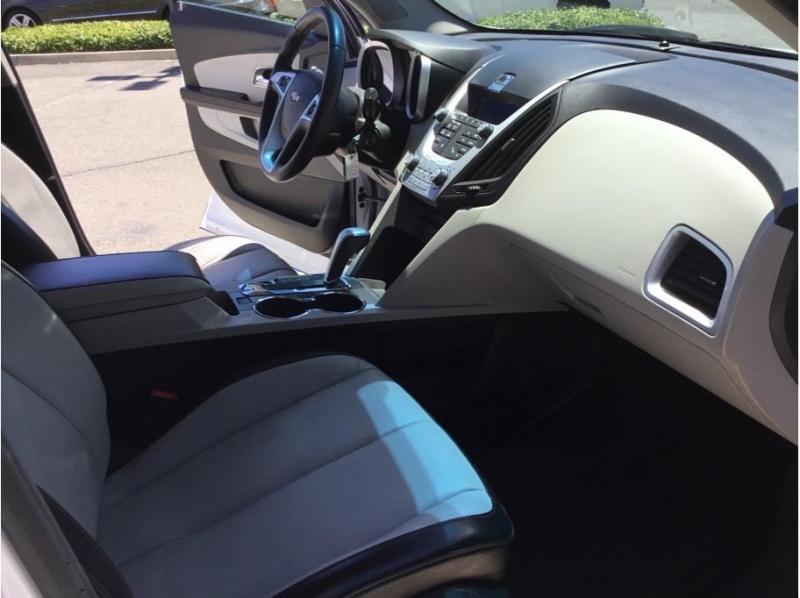 Chevrolet Equinox 2010 price $10,995