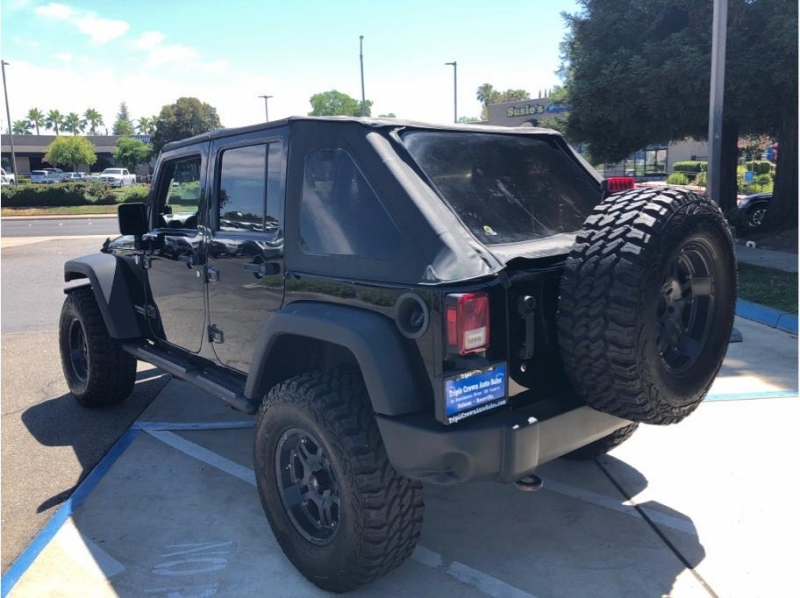 Jeep Wrangler 2010 price $23,995