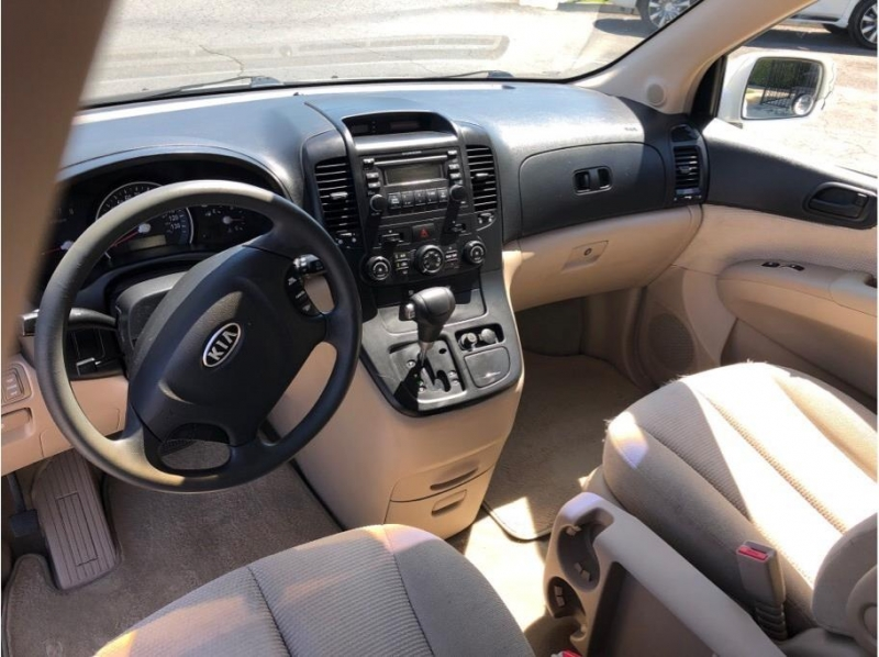 Kia Sedona 2007 price $5,995