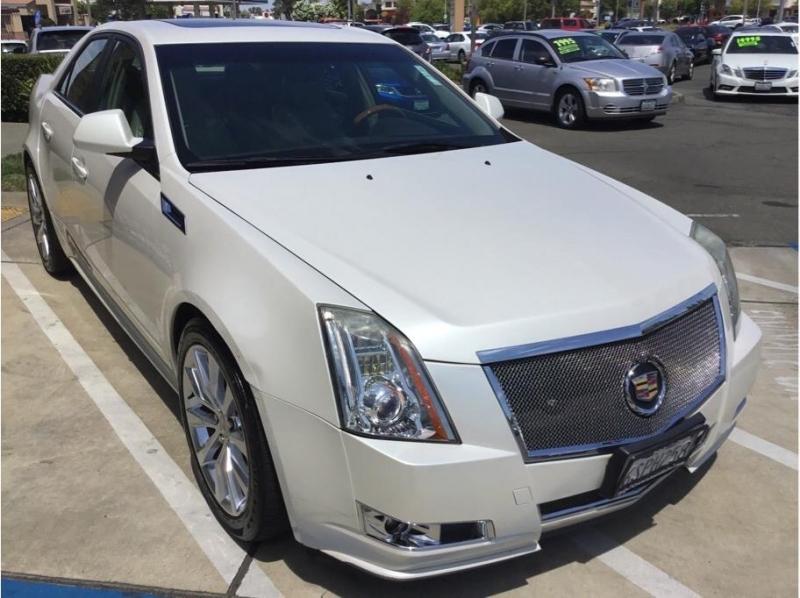 Cadillac CTS 2011 price $12,995