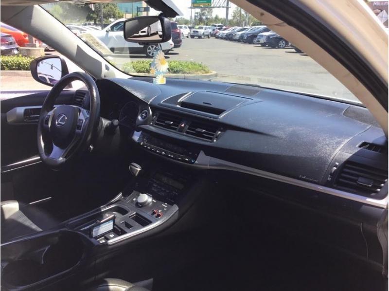 Lexus CT 2012 price $13,995