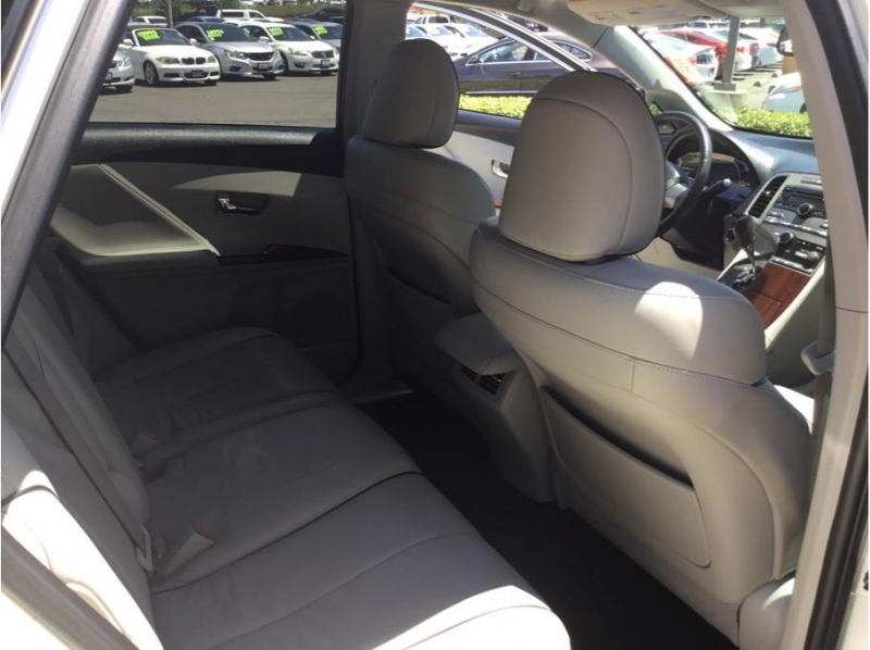 Toyota Venza 2009 price $11,955