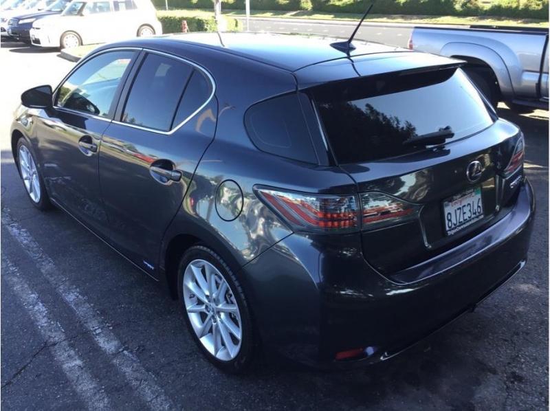 Lexus CT 2011 price $10,995