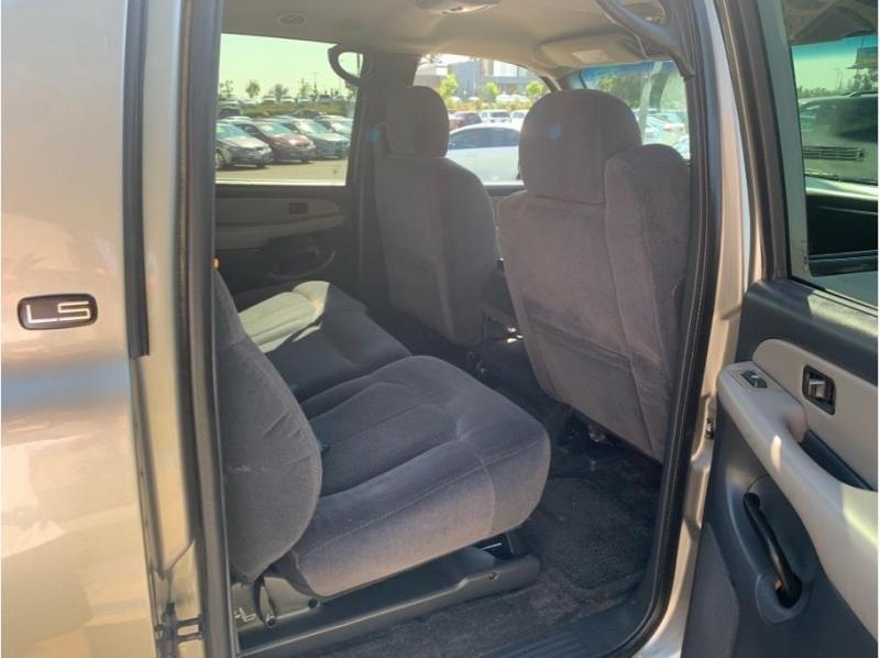 Chevrolet Suburban 1500 2002 price $9,995