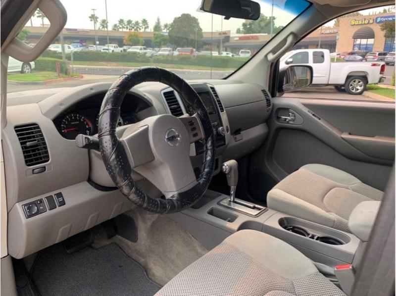 Nissan Frontier Crew Cab 2012 price $16,995