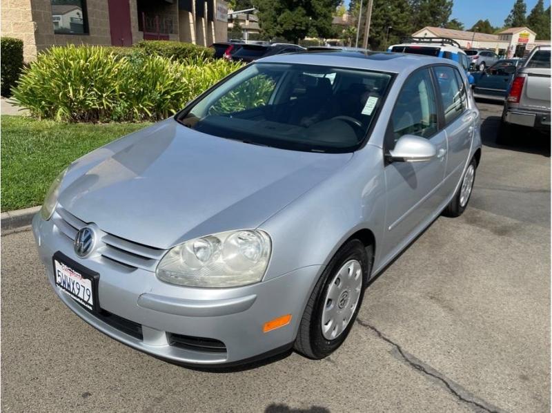 Volkswagen Rabbit 2007 price $7,995